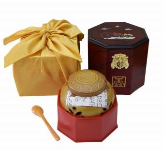 Cao hoàng hậu hũ sứ 500g quà tặng sức khỏe đến từ hàn quốc