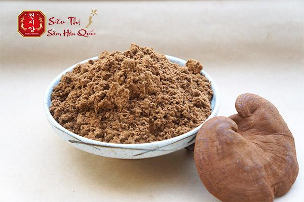 Nghiền nấm linh chi thành bột