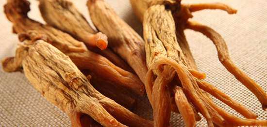 Cao hồng sâm hộp gỗ 240g- chiết xuất chọn lọc từ những củ hồng sâm chất lượng