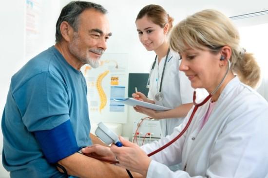 Người bị cao huyết áp không được dùng Nhân sâm tươi Hàn Quốc