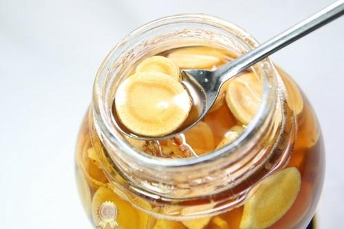 sâm ngâm mật ong tốt cho sức khỏe người dùng
