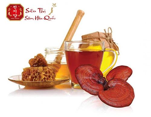 Cao linh chi mật ong đảo Jeju được tạo nên bởi 2 nguyên liệu trân quý của hòn đảo này
