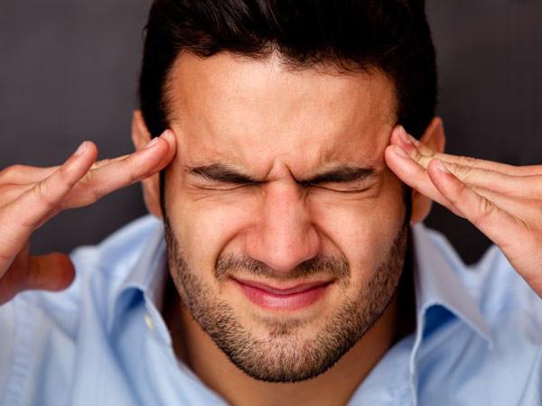 Triếu chứng tai biến mạch máu não thường gặp là đau đầu dữ dội