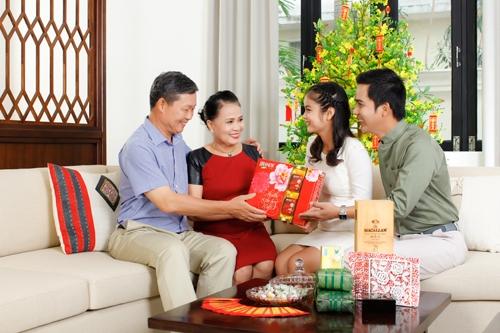 Kinh nghiệm mua quà tặng dịp tết ý nghĩa cho người thân